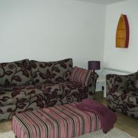 Beach Front Apartment, hotel in Llanelli