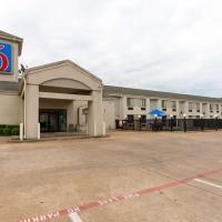 Motel 6-Dallas, TX - Northeast