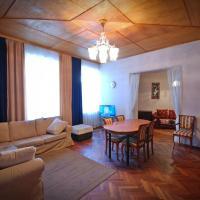 Квартира 130 метров, рядом с Эрмитажем и музеем Пушкина