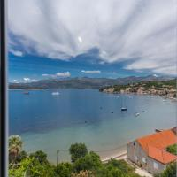 New apartment with terrace and sea view, hotel in Lopud Island