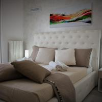 Central Apartments, hotel a Crotone