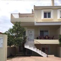 Amazing House in Kiato near the Beach