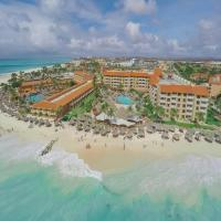 Casa del Mar Beach Resort, hotel em Palm-Eagle Beach