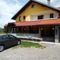 Apartments & Rooms Ramljak, hotel in Korenica