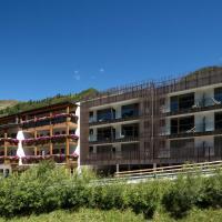 Langtaufererhof, hotel in Melago