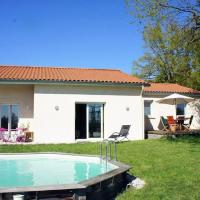 Holiday home with swimming pool - Massif Central