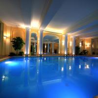 北極星酒店,斯維諾烏伊希切的飯店