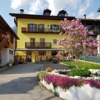 Viesnīca Albergo Casavecchia pilsētā Tiarno di Sopra