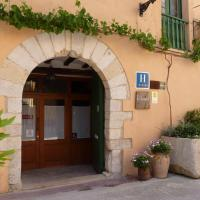Cal Maginet, Hotel in Vilavert