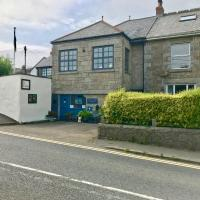 Old Workshop Cottage & Guest Rooms