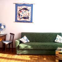 Studio Apartment Sweet, hotel in Poti