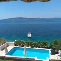 Apartments Niana, hotel in Okrug Donji