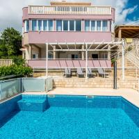 Villa with a swimming pool