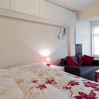 Studio Flat Very CLOSE to Heathrow Airport, hotel in Harmondsworth