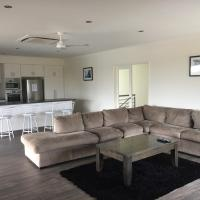 Blue Sky Apartment, hotel in Jurien Bay