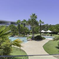 COTTON BEACH ON THE POOL 66, hotel in Casuarina
