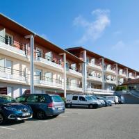 Séjours & Affaires Genève Gex Les Rives Du Léman, hotel in Gex