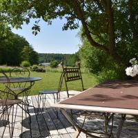 Elegant Holiday Home in Niderviller near Forest, hotel in Niderviller