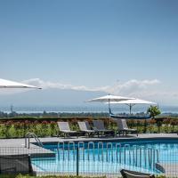 Everness Hotel & Resort