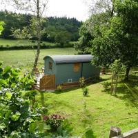 The Lookout Shepherd's Hut