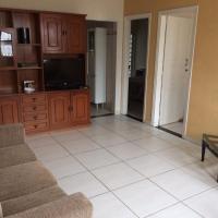 Casa Familiar em Campinas com 2 Quartos, 1 banheiro, 1 vaga para carro