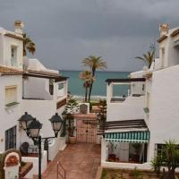 Puerto de la duquesa beach apartment, hotel en Castillo de Sabinillas