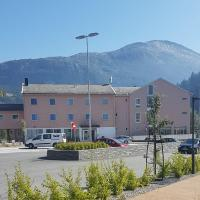 Glomfjord Hotel, hotel in Glomfjord