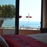 Hostel D'Avenida, hotel in Vila Praia de Âncora