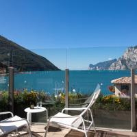 Hotel Lago Di Garda, hotel in Nago-Torbole