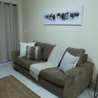The Living Collective Apartments, hotel near Pietermaritzburg Airport - PZB, Pietermaritzburg