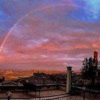 Montalcino...il suo panorama...le sue emozioni...