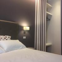 Robin Rooms, hotel a Montegranaro