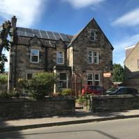 Dunclutha Guest House, hotel in Leven