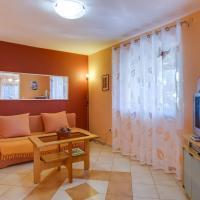 Giselle, hotel near Losinj Airport - LSZ, Mali Lošinj