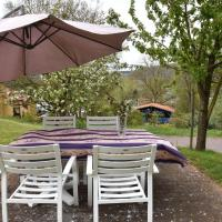 Scenic Holdiay home in Varsberg with terrace and garden