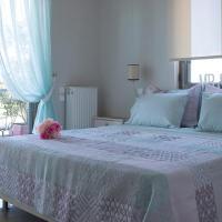 Destinesia Luxury Apt with Balcony,4min from the sea