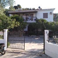 Stelios Studios, hotel in Megali Ammos