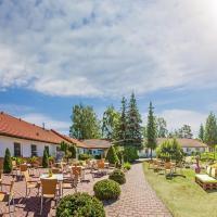 Hotel Pommerscher Hof, отель в городе Цинновиц