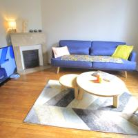 Nice apartment 10 minutes from Paris, hotel in Meudon
