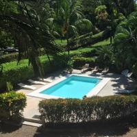 Villas Majolana, hotel in Herradura