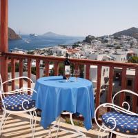 Casteli Hotel, hotel in Patmos