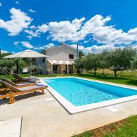 Pool Premium Apartment, Hotel in Vrsar