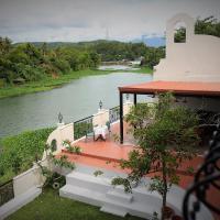 Casa Marina Bed and Breakfast, hotel in Pagsanjan