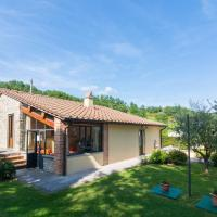 Beautiful Cottage in Dicomano with Pool