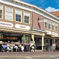 Hotel Cafe Restaurant Van Den Hogen, hotel v destinaci Volendam