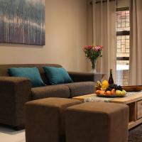 DCS Accommodation Cape Gate, hotel v mestu Durbanville