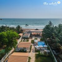 THE WHITE Resort, מלון באגונדה