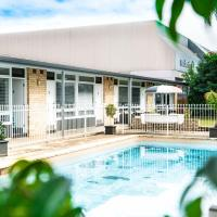 Twin Willows Hotel, hotel in Bankstown