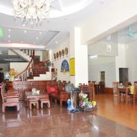Lam Dat Hotel: Ninh Binh şehrinde bir otel