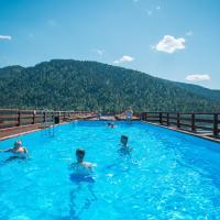 Туристический комплекс Горное Озеро